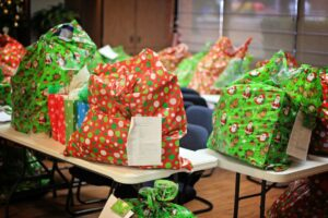 sdias christmas outreach is our annual program to adopt the children of military law enforcement fire rescue andor ems families that are in need of - Christmas Assistance 2014