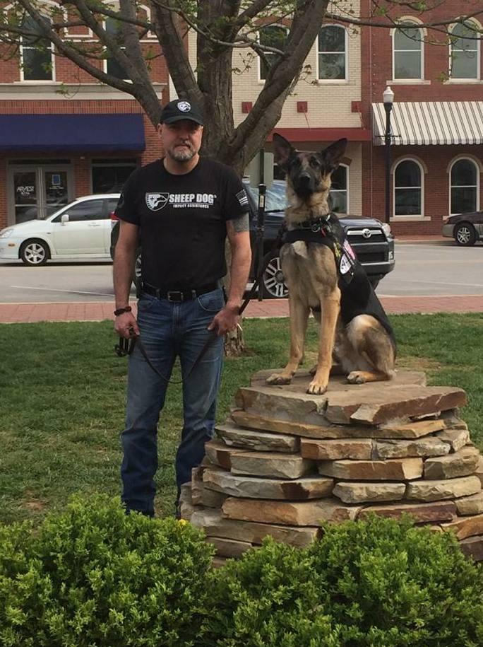 SDIA Presents PTSD Service Dog to Bentonville Veteran, Dan Moss